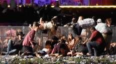 fotoreeks over Dodelijkste schietpartij in geschiedenis VS eist minstens 50 doden