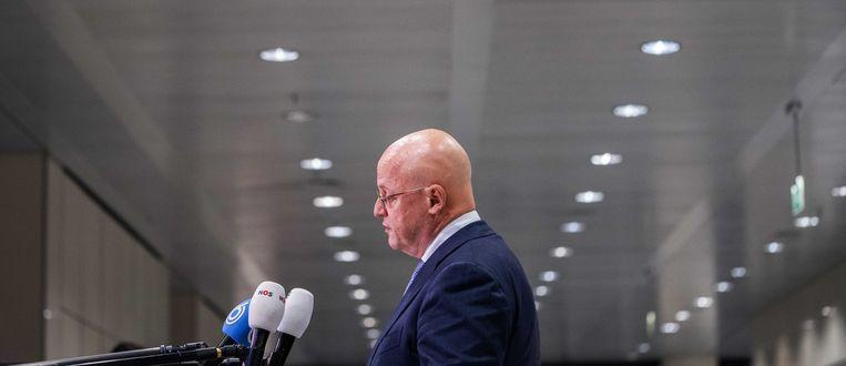 Minister Ferd Grapperhaus wil de verkoop van messen aan jongeren verbieden. Beeld ANP
