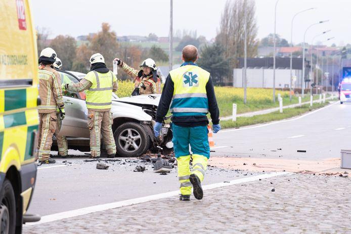 De brandweer kan vooral voor haar ambulancediensten in de posten Kruisem en Herzele nog helpende handen gebruiken.