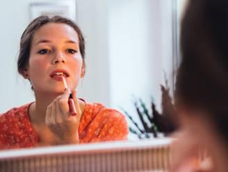 Hallo, tijd van de maand: maar niemand die het ziet dankzij deze aangepaste make-uproutine