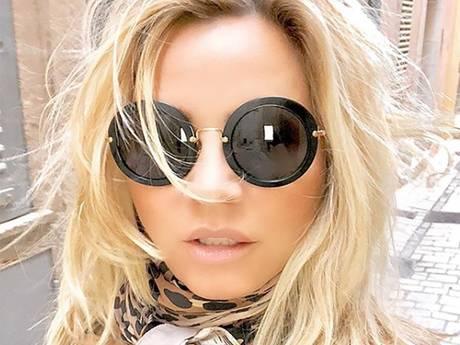 Tatjana weggewaaid in Saint-Tropez en Chantal wil dolgraag Dolly Parton-haar