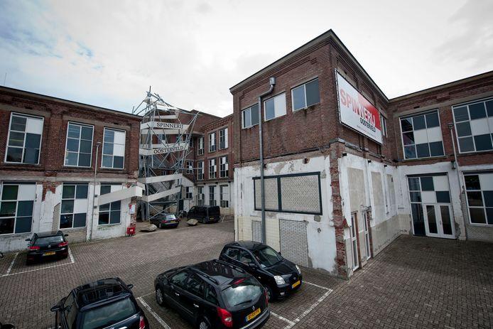 bedrijfsverzamelgebouw Spinnerij Oosterveld, hier op archieffoto, werd door de eigenaar gebruikt om miljoenen aan hypotheekleningen binnen te halen.