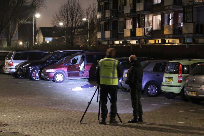 De politie deed na de liquidatie uitgebreid onderzoek op de Wiekslag.