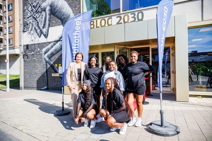 BLOC 2030, het cultureel ontmoetingscentrum van Luchtbal, kreeg een deuddoende make-over, zowel qua gebouw als inhoudelijk.