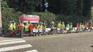 Kinderen vragen aandacht voor traag verkeer aan schoolpoorten Kalken