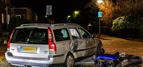 Motorfietser naar het ziekenhuis na ongeval met auto in Goirle