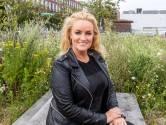 Samantha Steenwijk redt drie babyeendjes uit de sloot: 'Mijn hart brak'