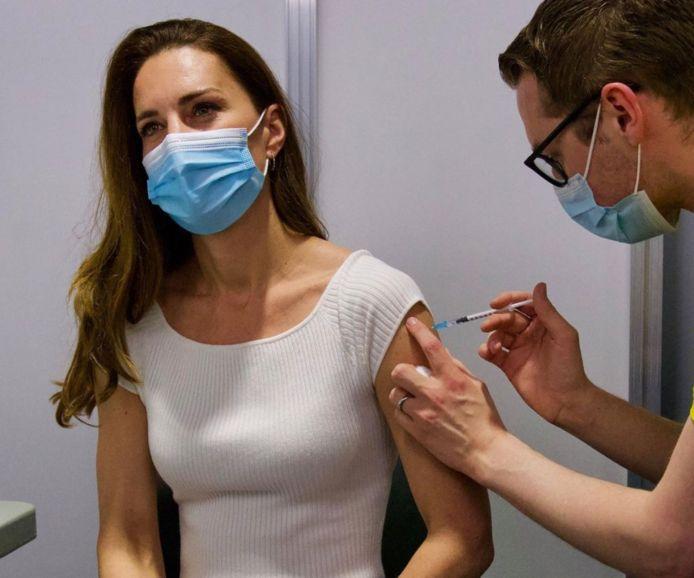 Kate Middleton krijgt haar vaccin.