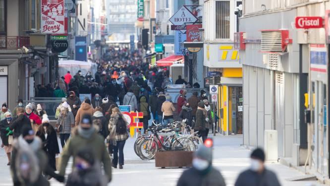 "Oostends burgemeester Bart Tommelein vraagt vervroegde (beperkte) heropening: ""Horeca dicht in paasvakantie? Dat wordt chaos!"""