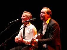 Eerst Simon & Garfunkel, nu Lennon & McCartney: deze Goudse zangers brengen eerbetoon aan de Groten der Aarde