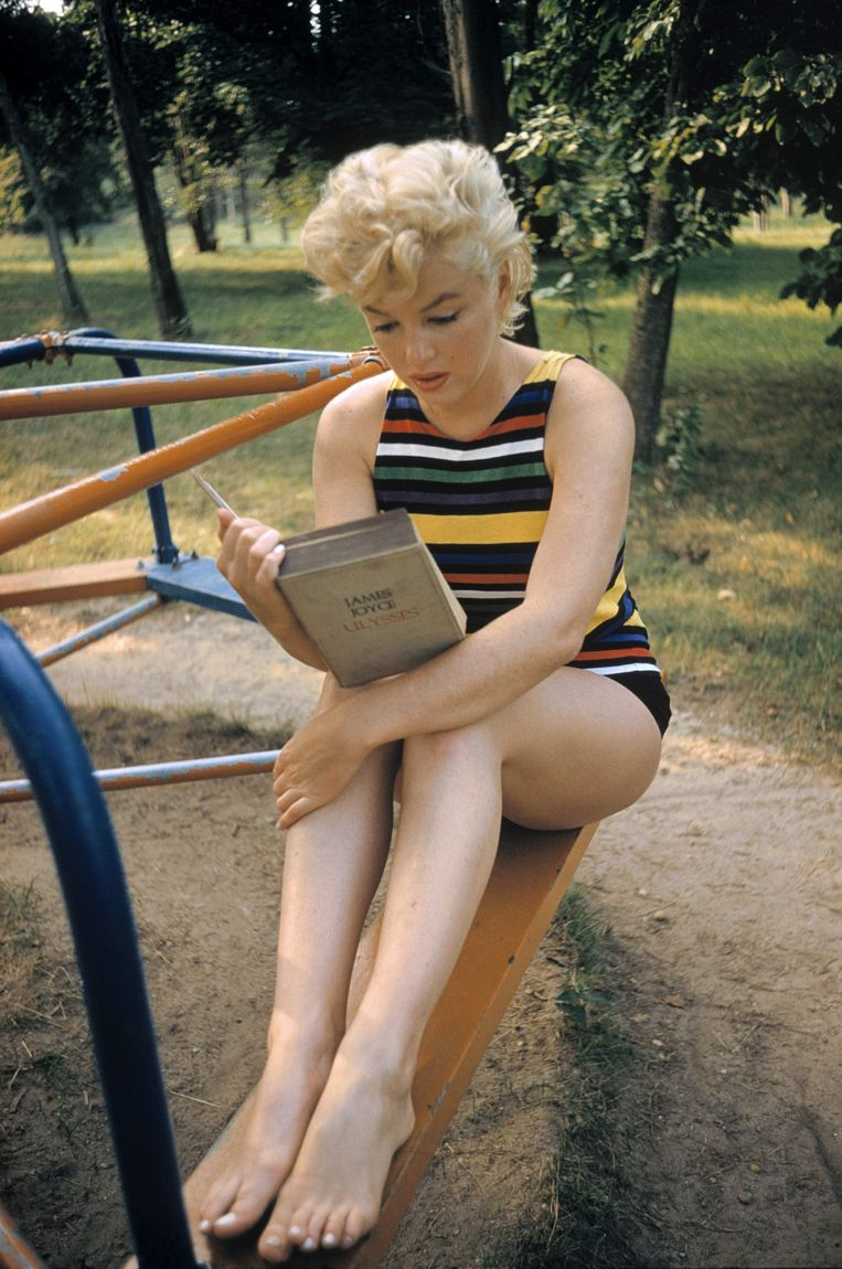 Marilyn Monroe leest 'Ulysses'. Beeld ©Eve Arnold / Magnum Photos