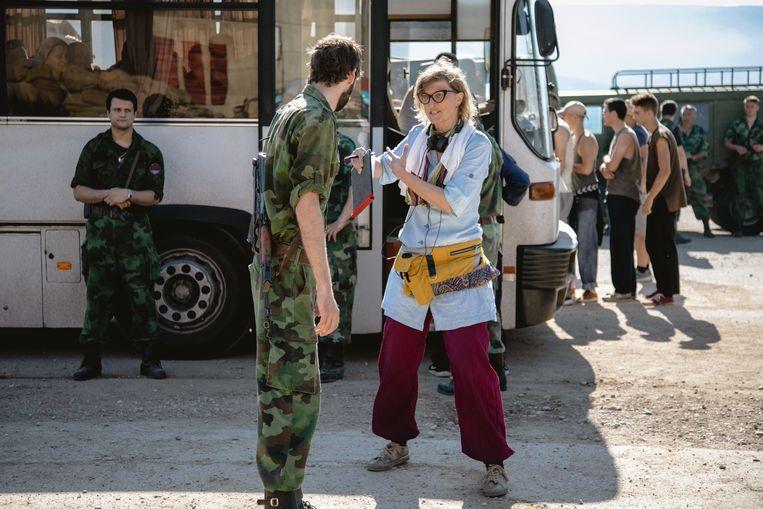 Regisseur Jasmila Žbanić op set van Quo Vadis, Aida?   Beeld Cinéart Nederland