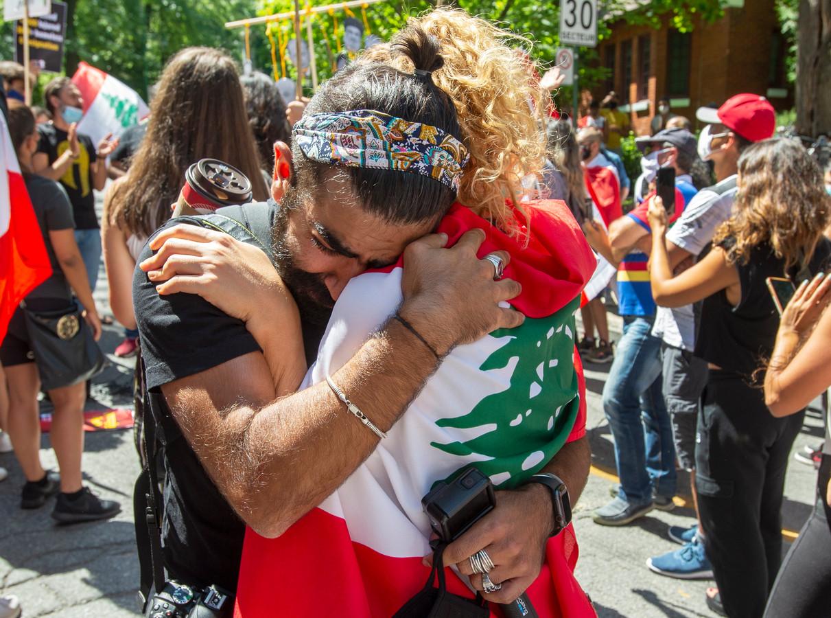 Verdriet tijdens een demonstratie tegen de Libanese overheid gisteren. Vandaag zijn er nieuwe protesten.