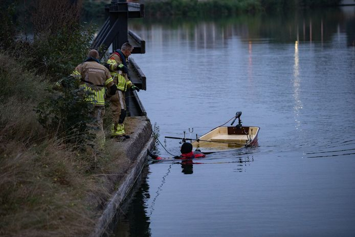 Een visser kwam vanavond in de problemen in het Havenkwartier in Deventer.