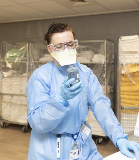 Corona-update | Aantal Tukkers in het ziekenhuis loopt op, UT tovert maskers om