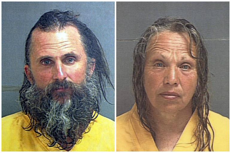 Brian David Mitchell en Wanda Barzee net na hun arrestatie in 2003.