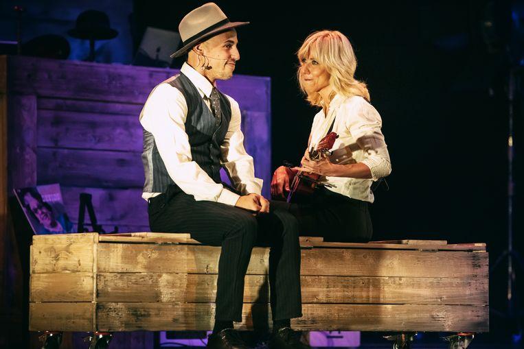 Abdelhadi Baaddi en Claudia de Breij tijdens een try-out van Hier ben ik in Koninklijk Theater Carré Beeld Hans-Peter van Velthoven