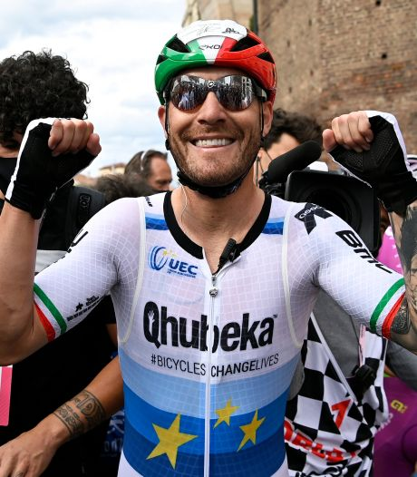'Eeuwige tweede' Nizzolo mag eindelijk juichen in Giro: 'Dit betekent heel veel voor mij'