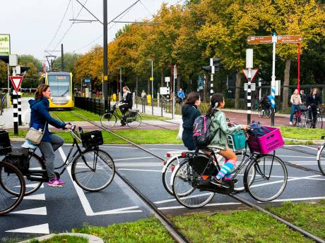 Ophef over verplaatsen van fietsroute door Rijnsweerd vanwege Uithoflijn