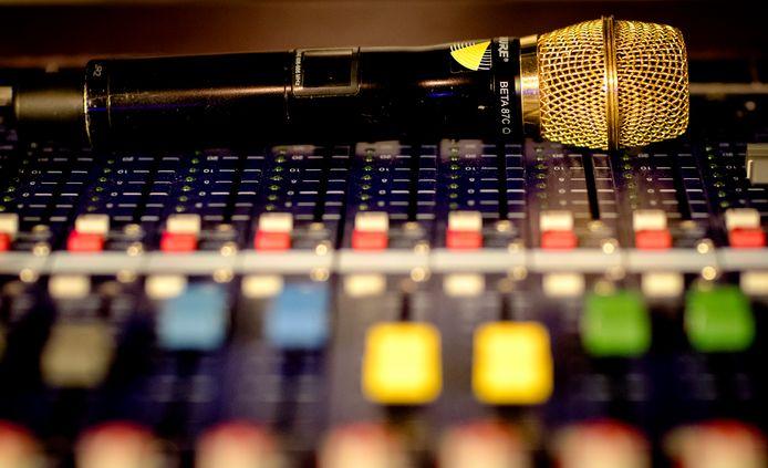 De AIVD komt met een podcast