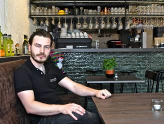 """Acht maanden na opening kan Valentino klanten ontvangen bij Sole e Mare: """" Eindelijk kan ik m'n nieuwe zaak echt delen"""""""