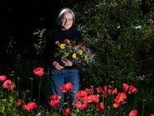 Bloemen kweken zonder gif, Ceciel doet het en merkt dat het populair is: 'M'n bijdrage om de wereld te veranderen'