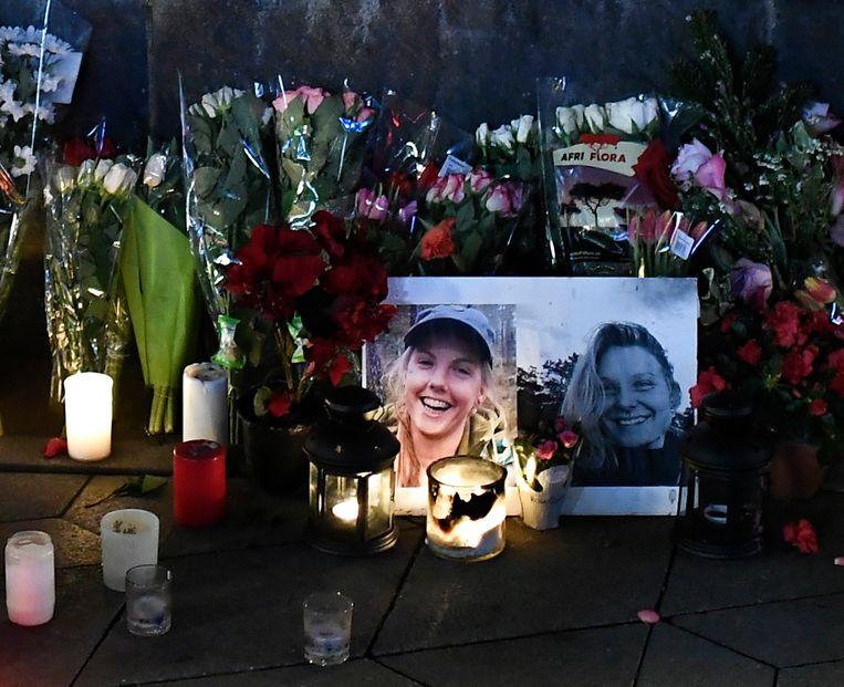 Na de moord werd in de Deense hoofdstad Kopenhagen een herdenkingsplaats ingericht. Beeld EPA