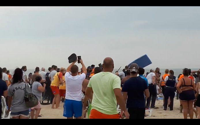 Archieffoto. Vechtpartij op het strand van Blankenberge, augustus 2020.