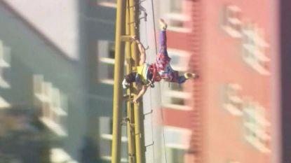 Cirque du Soleil-artiesten stunten op 184 meter hoge Space Needle