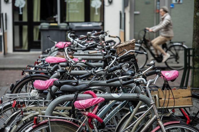 breda-foto : ron magielse hoeveelheid fietsen in breda neemt toe. volgepakte stalling ter hoogte van van coothplein
