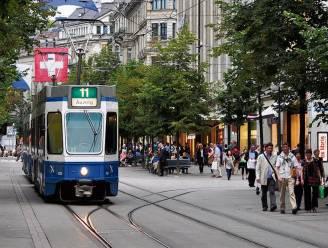 """Tram rijdt zes uur met dode vader rond in Zürich, zoon radeloos: """"Mensen zijn te veel met zichzelf bezig"""""""