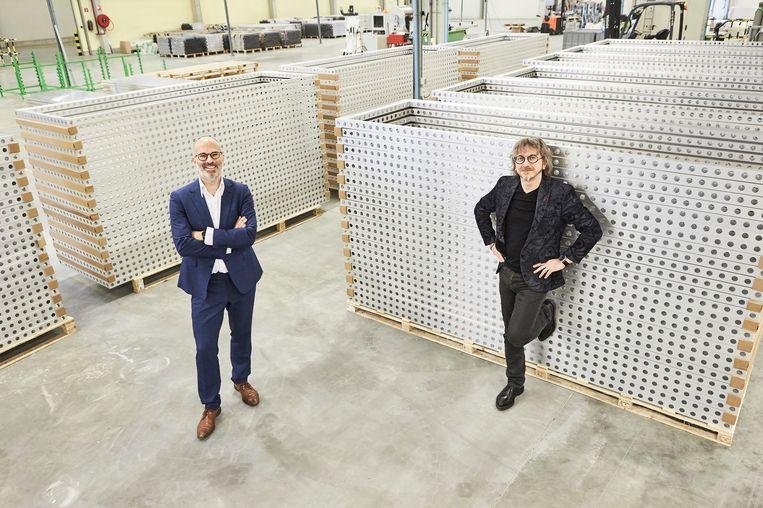 Directeurs Stefaan Decroos en Edwin Van der Vennet zijn trots op de erkenning.