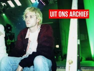 """26 jaar na dood Kurt Cobain haalt onze reporter herinneringen op aan interview: """"Doodmoe, doffe blik, grauwe huid. Eén spuitje later speelt hij zaal plat"""""""