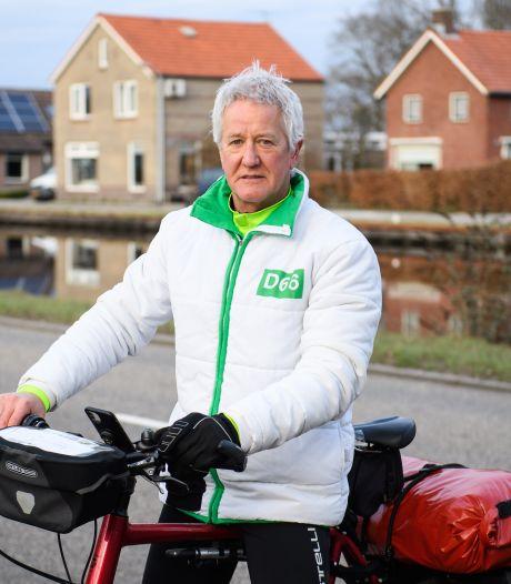 Wybren Bakker (D66) op campagne langs gedupeerden kanaaldrama in Vroomshoop: 'Op zoek naar wat speelt'