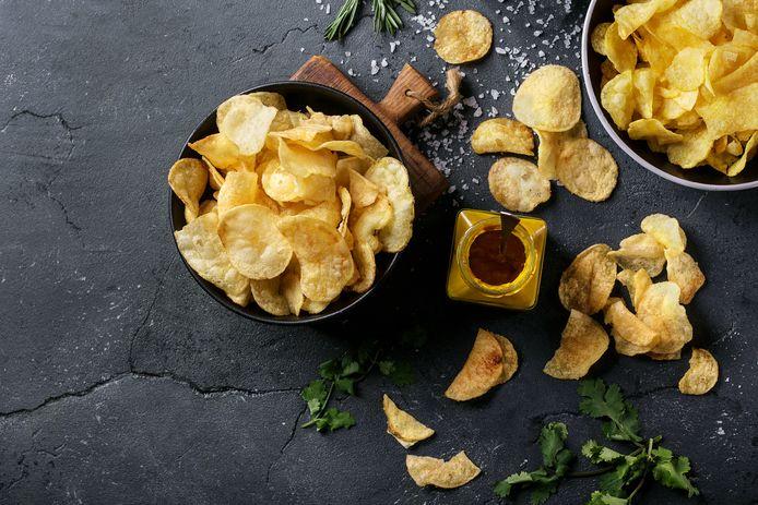 In de onderzochte chips zitten minder calorieën.