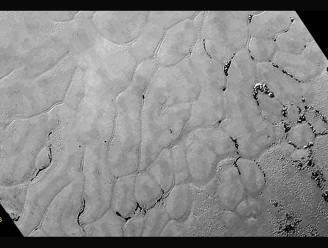 NASA ontdekt ijsvlakte op 'hart' van Pluto