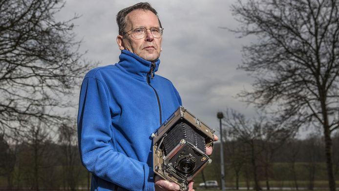 Frits Veerman (71) was ooit klokkenluider. Hij vertelde zijn werkgever over de Pakistaanse atoomspion Abdul Khan, maar moest zijn mond houden.