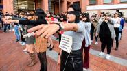 """Feministisch protestlied verovert steden en sociale media wereldwijd: """"De verkrachter ben jij"""""""