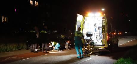 Scooters botsen in Cuijk: één bestuurder naar het ziekenhuis