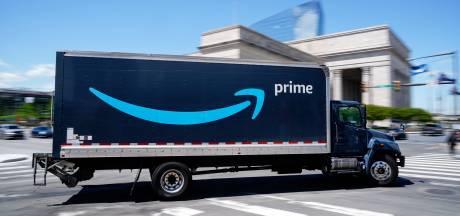 Amazon embauche 75.000 personnes en Amérique du Nord, bonus aux vaccinés