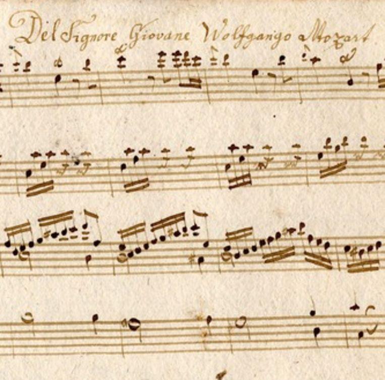 Het onlangs ontdekte stuk van Mozart in een oud schrift. Beeld epa