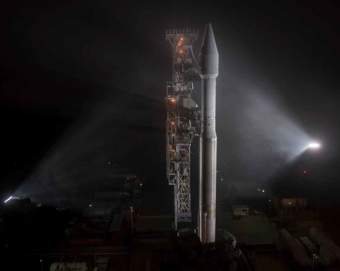 De Atlas V-draagraket met aan boord de ruimtesonde InSight vertrok deze middag Belgische tijd vanop de luchtmachtbasis Vandenberg in Californië.