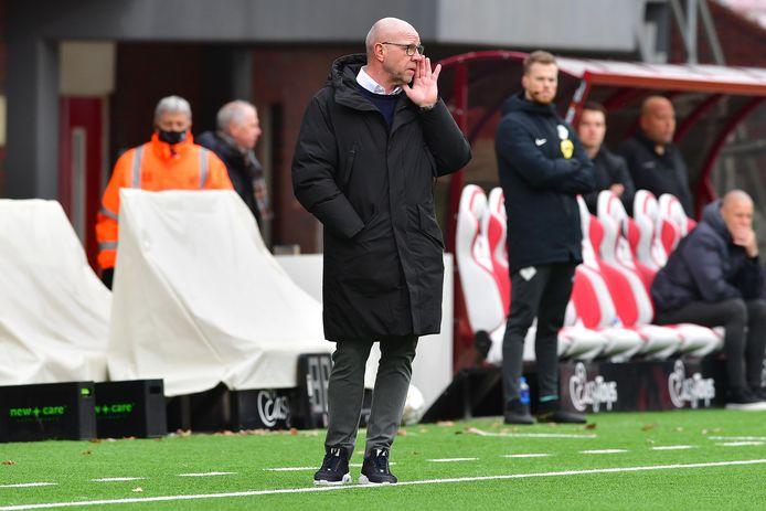 Fred Grim tijdens het uitduel met FC Emmen.