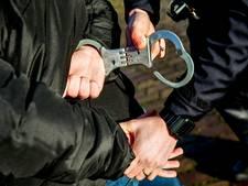 Inbreker loopt tegen de lamp na inbraak in pand aan Voorofscheweg in Boskoop