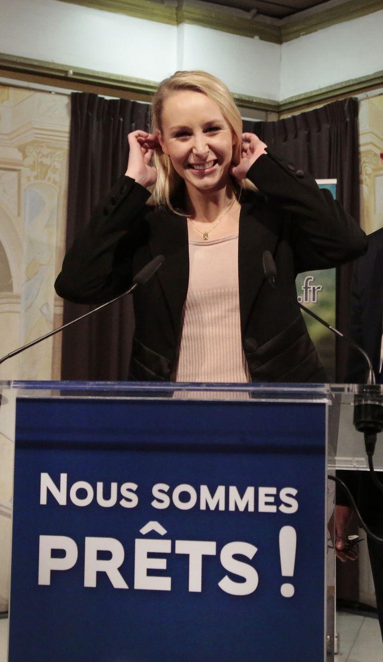 Ook Marion Maréchal-Le Pen, nichtje van Marine Le Pen, wist niet te winnen in haar regio. Beeld Getty Images