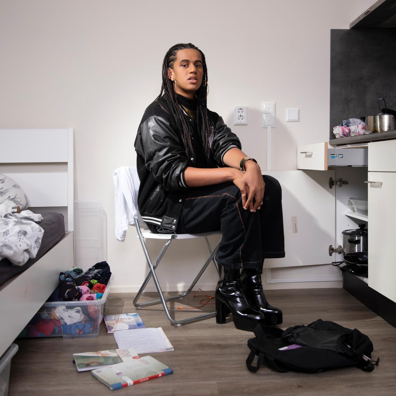 Daniel Wolin: 'Ik put veel kracht uit de muziek van zwarte vrouwen, omdat ik me meer verbonden voel met hun vrouwelijke energie.' Beeld Foto: Harmen Meinsma , visagie: Ed Tijsen