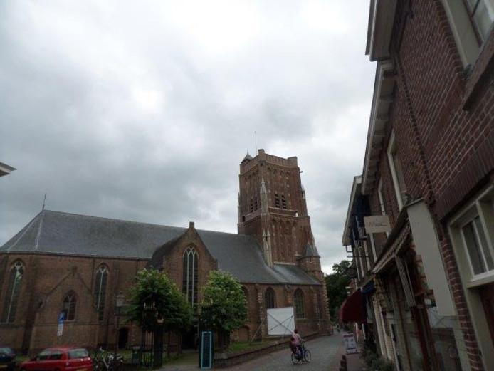 De Martinuskerk in Woudrichem.