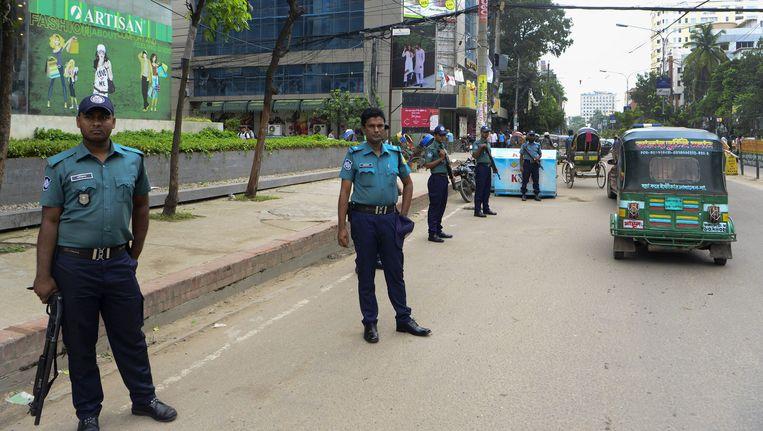 De operatie van de politie in Bangladesh duurt nog tot donderdag. Beeld AFP