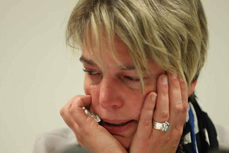 Vlaams minister Joke Schauvliege (CD&V) op de persconferentie waar haar ontslag wordt aangekondigd. Beeld BELGA