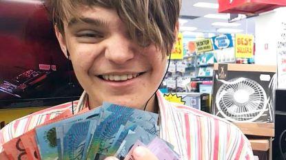 Werkgevers weigerden tiener met autisme aan te nemen als jobstudent, nu heeft Clay (16) zijn eigen bedrijf